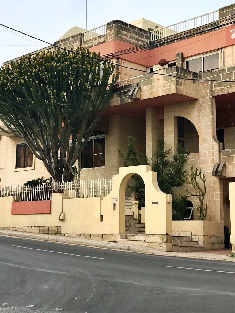 Architektura i roślinność Malty.