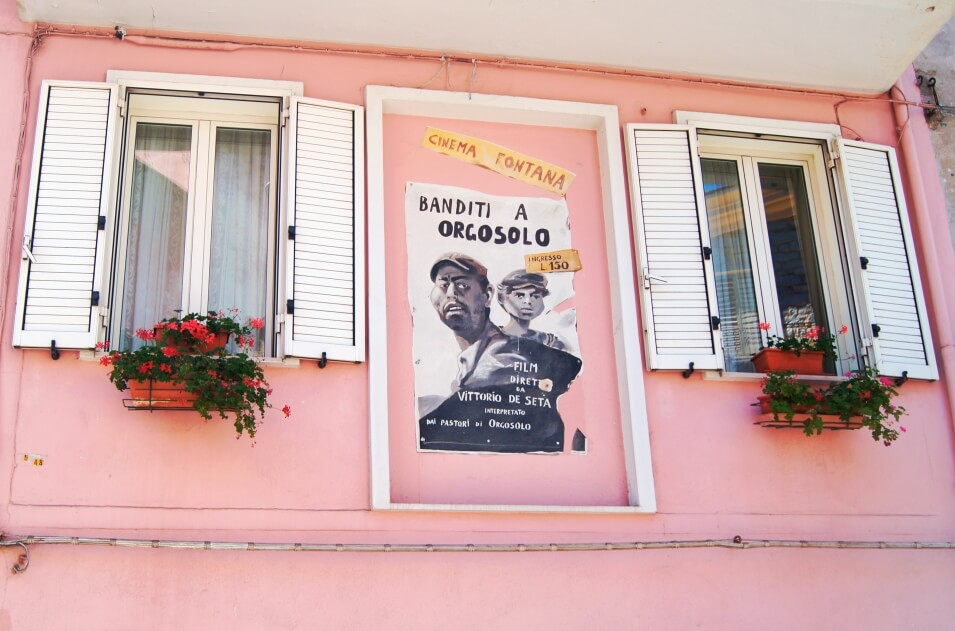 "Plakat filmu Vittorio de Seta ""Banditi a Orgosolo""."
